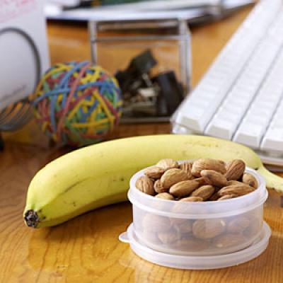 Top 10 Healthy Office Snacks