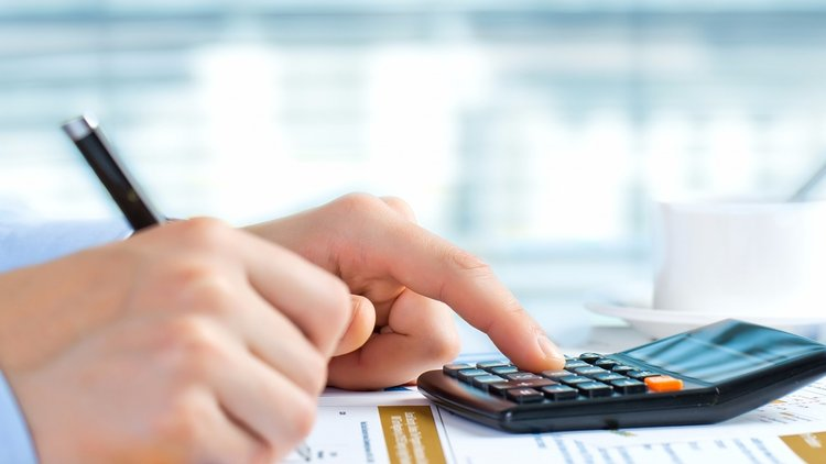 How to deal with your business finances effectively