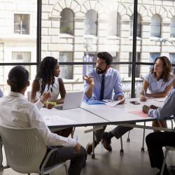 HOW TO COMMUNICATE WELL WITH YOUR EMPLOYEES