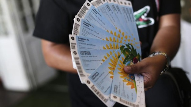 How to Make Steady Income by Selling Tickets Online